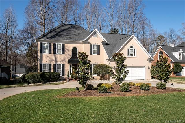 702 Hanna Woods Drive, Cramerton, NC 28032 (#3468209) :: Keller Williams South Park