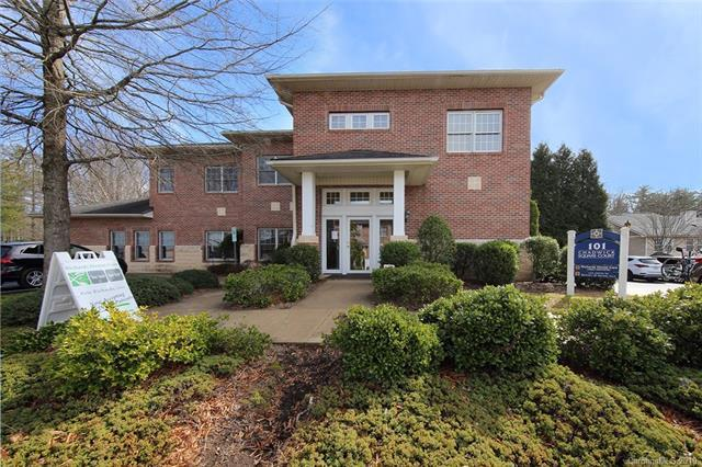 101-C Chadwick Square Court, Hendersonville, NC 28792 (#3468310) :: Stephen Cooley Real Estate Group