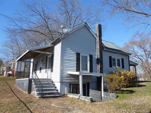 70 Sixth Street, Marion, NC 28752 (#3468417) :: Puffer Properties