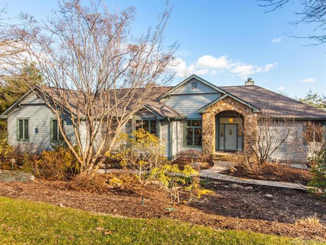 523 Hagen Drive, Hendersonville, NC 28739 (#3468750) :: Puffer Properties