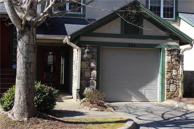 73 Ridgetop Circle #202, Brevard, NC 28712 (#3469074) :: LePage Johnson Realty Group, LLC