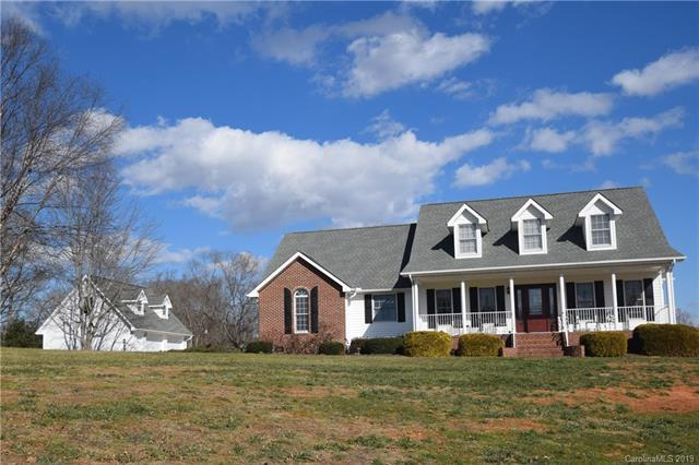 6 Willow Bend Drive, Candler, NC 28715 (#3469084) :: Puffer Properties