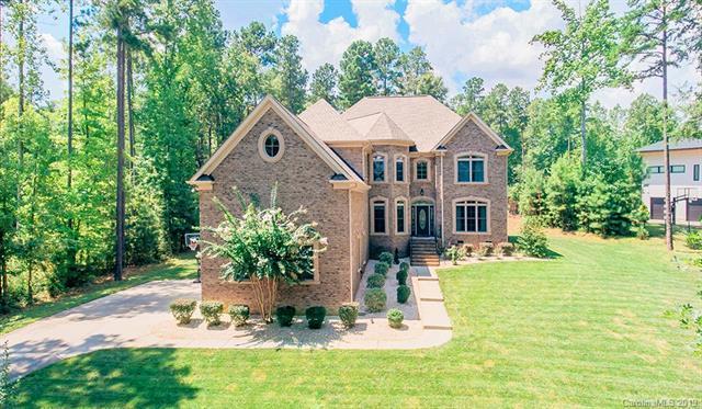 4252 River Oaks Road, Lake Wylie, SC 29710 (#3469417) :: Homes Charlotte