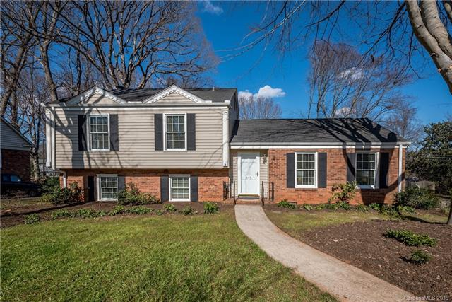 645 Sandridge Road, Charlotte, NC 28210 (#3469447) :: Roby Realty