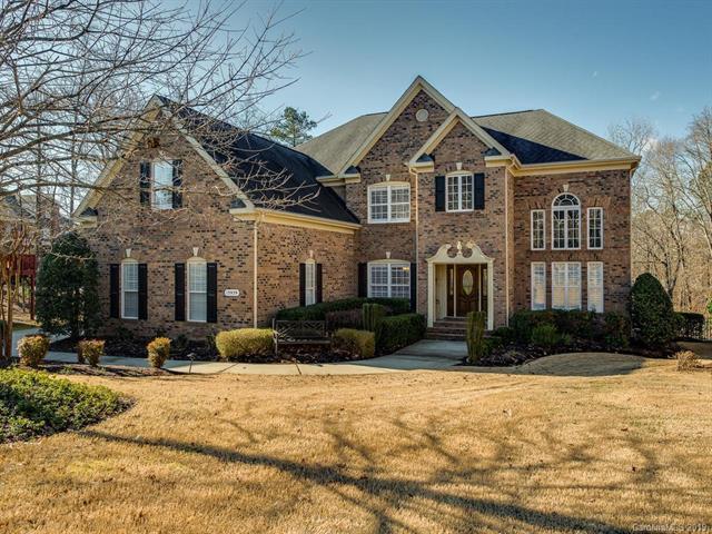 13939 Rocky Gap Lane, Charlotte, NC 28278 (#3469701) :: LePage Johnson Realty Group, LLC
