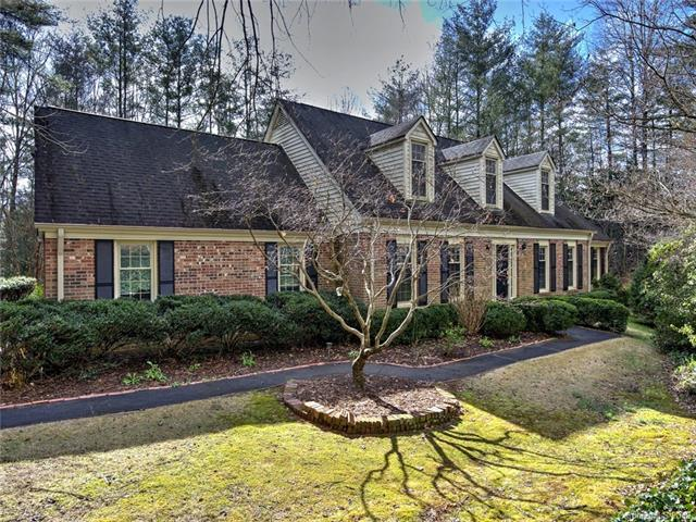130 Woodhaven Drive, Hendersonville, NC 28739 (#3469718) :: Homes Charlotte