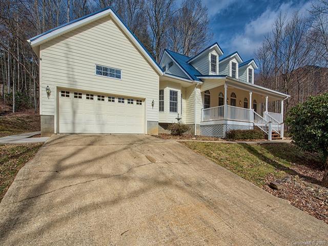 438 Serenity Mountain Road, Waynesville, NC 28786 (#3470268) :: Exit Mountain Realty