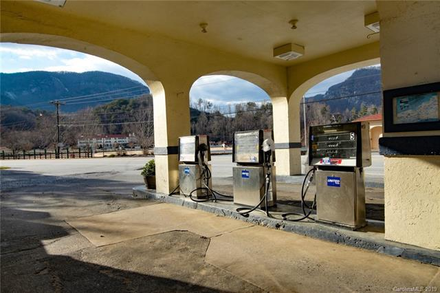2655 Memorial Highway, Lake Lure, NC 28746 (#3470322) :: Rinehart Realty