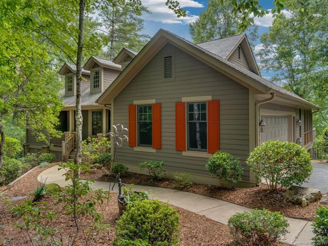 155 Chattooga Run, Hendersonville, NC 28739 (#3470365) :: Puffer Properties