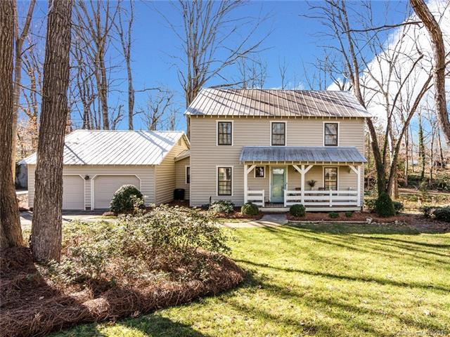 7012 Cool Springs Lane, Charlotte, NC 28226 (#3470778) :: Exit Mountain Realty