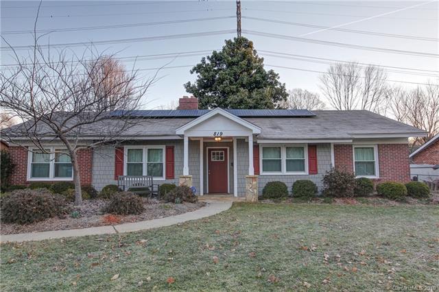 819 Cooper Drive, Charlotte, NC 28210 (#3470859) :: LePage Johnson Realty Group, LLC