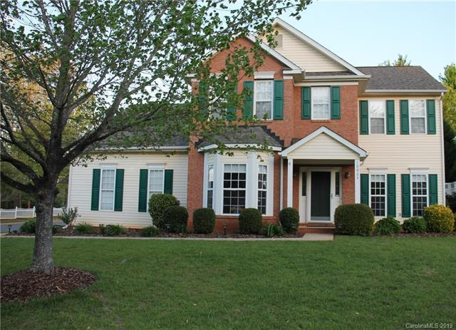 10905 Chamberlain Hall Court, Charlotte, NC 28277 (#3470980) :: RE/MAX RESULTS