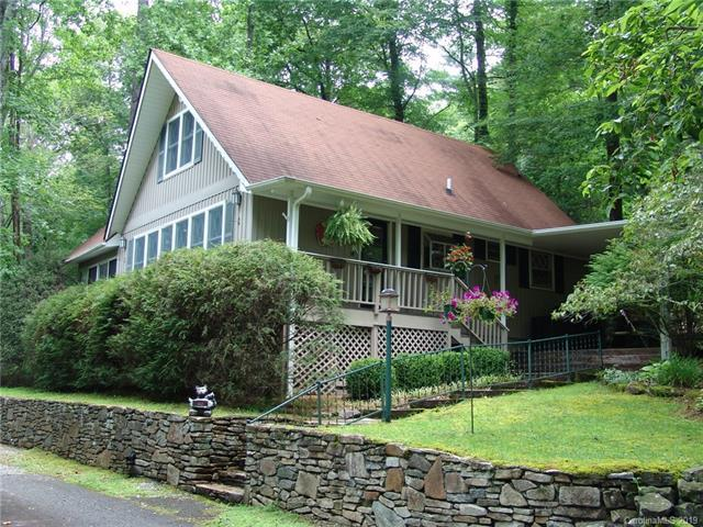 40 Toxaway Landing Drive Chalet #2, Lake Toxaway, NC 28747 (#3470983) :: Puffer Properties