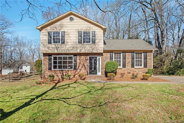11241 Hallmark Drive, Matthews, NC 28105 (#3471137) :: The Ramsey Group