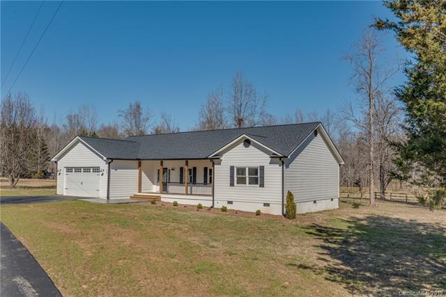 94 Jamestown Lane, Columbus, NC 28722 (#3471185) :: DK Professionals Realty Lake Lure Inc.