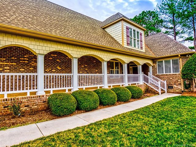 17400 Summer Place Drive, Cornelius, NC 28031 (#3471289) :: The Ramsey Group