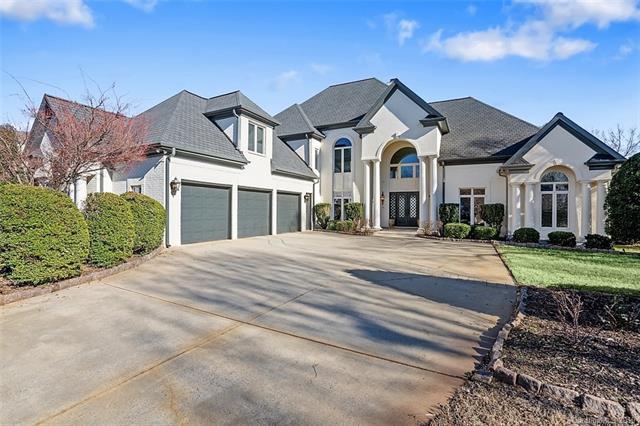 18226 Mainsail Pointe Drive, Cornelius, NC 28031 (#3471357) :: LePage Johnson Realty Group, LLC
