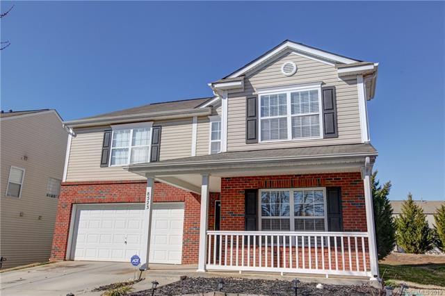 8523 Redding Glen Avenue, Charlotte, NC 28216 (#3471456) :: MECA Realty, LLC