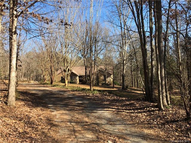 14019 Fountain Lane, Charlotte, NC 28278 (#3471503) :: High Performance Real Estate Advisors