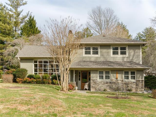 221 Balsam Road, Hendersonville, NC 28792 (#3471653) :: Exit Mountain Realty