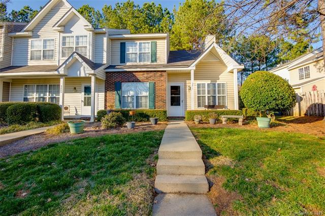 5811 Cougar Lane #5406, Charlotte, NC 28269 (#3472644) :: Roby Realty