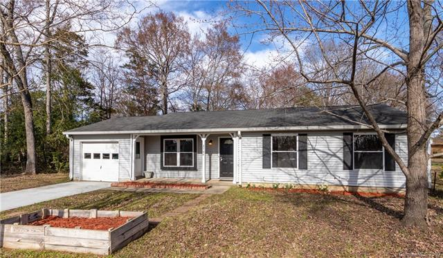 2304 Parkhighland Court, Charlotte, NC 28273 (#3472826) :: IDEAL Realty