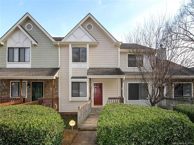 4019 North Course Drive, Charlotte, NC 28277 (#3472946) :: Roby Realty