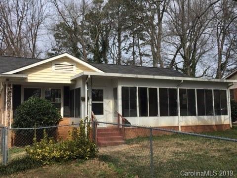 1108 Interurban Avenue, Charlotte, NC 28208 (#3473140) :: The Ramsey Group