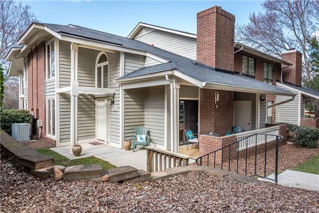 7903 Greenside Court, Charlotte, NC 28277 (#3473186) :: Scarlett Real Estate