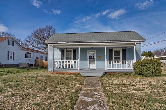 204 S Rose Avenue, Kannapolis, NC 28083 (#3473326) :: SearchCharlotte.com
