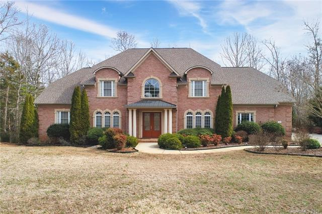 429 Hendon Row Way, Fort Mill, SC 29715 (#3473790) :: The Elite Group
