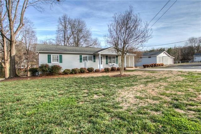5012 Clearwater Lake Road, Mount Holly, NC 28120 (#3473819) :: Odell Realty