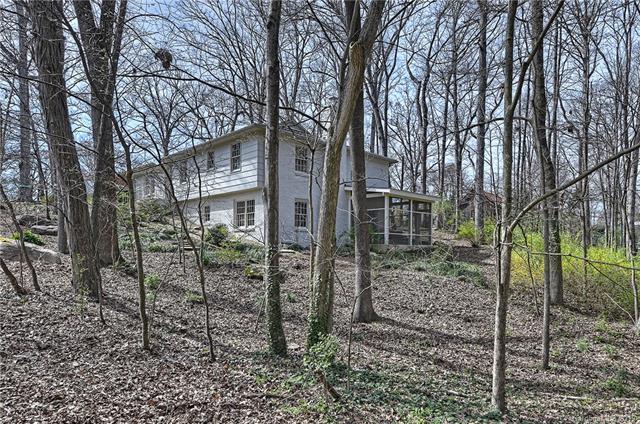 1101 Shady Bluff Drive, Charlotte, NC 28211 (#3473848) :: LePage Johnson Realty Group, LLC
