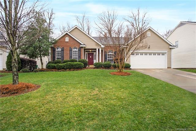 10312 Fairbourne Court, Charlotte, NC 28269 (#3473900) :: The Ramsey Group
