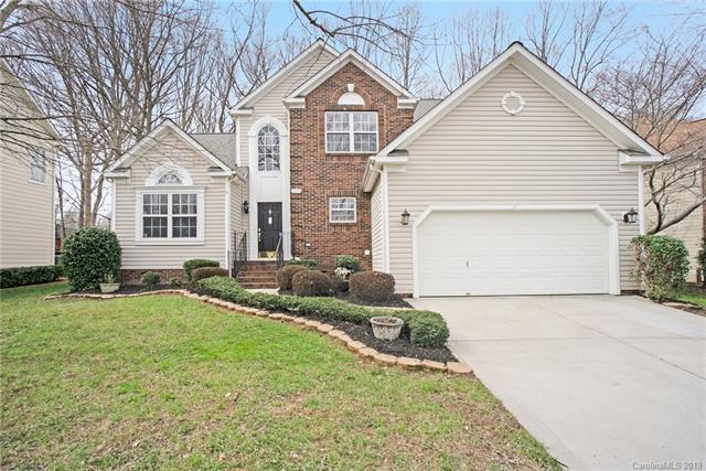 8618 New Oak Lane, Huntersville, NC 28078 (#3473909) :: The Ramsey Group