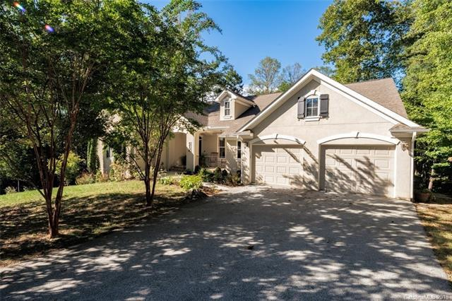 6 Larue Court, Biltmore Lake, NC 28715 (#3473951) :: Keller Williams Biltmore Village