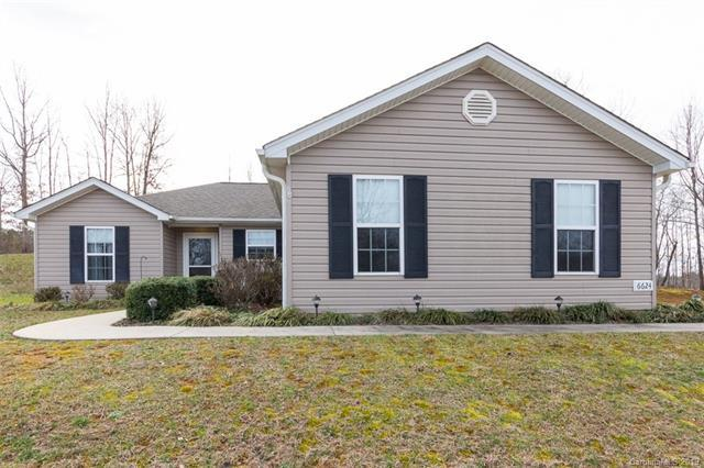6624 Maple Knob Court, Denver, NC 28037 (#3474078) :: The Ramsey Group