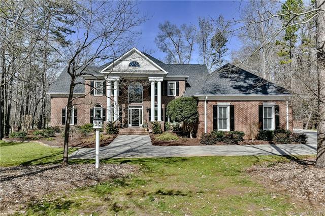 1317 Longleaf Court, Matthews, NC 28104 (#3474305) :: LePage Johnson Realty Group, LLC
