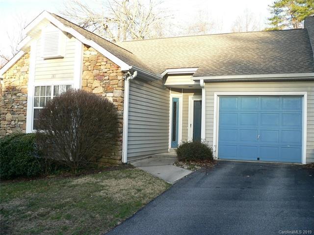 181 Laurel Park Place, Hendersonville, NC 28791 (#3474355) :: Washburn Real Estate
