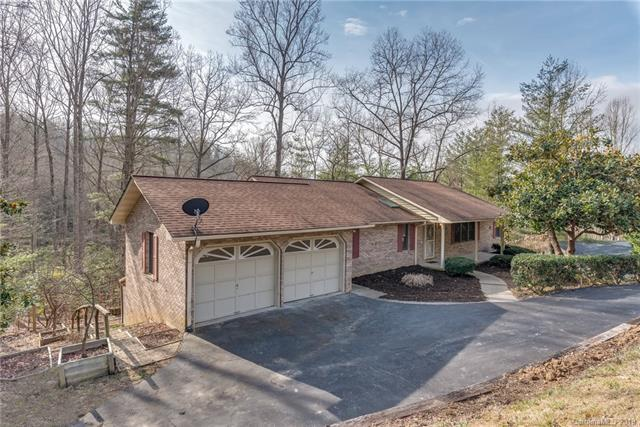 25 Loggers Run, Hendersonville, NC 28739 (#3474368) :: Exit Mountain Realty