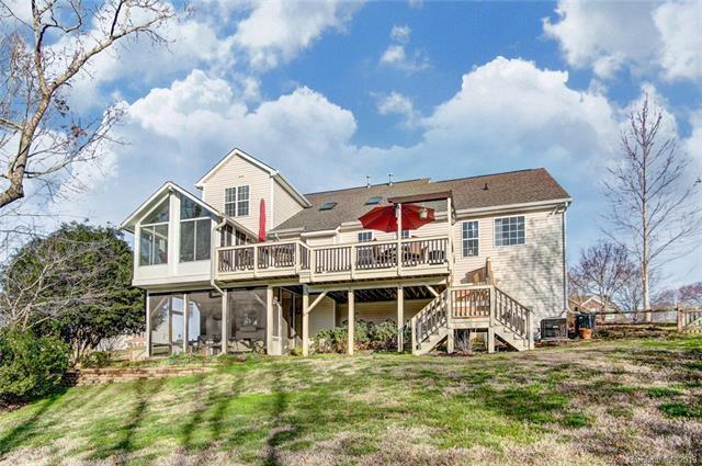 1405 Willow Ridge Lane, Waxhaw, NC 28173 (#3474604) :: Phoenix Realty of the Carolinas, LLC