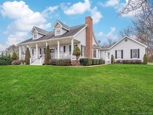 5 Cross Creek Court, Mills River, NC 28759 (#3474821) :: Keller Williams South Park