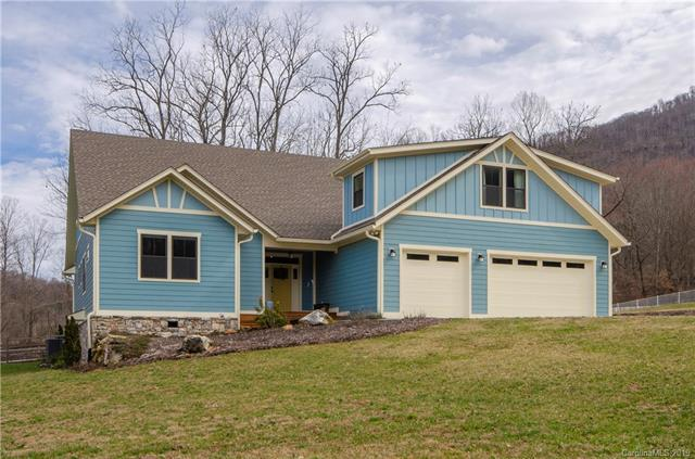 525 Stepping Stone Lane, Waynesville, NC 28786 (#3474844) :: Homes Charlotte
