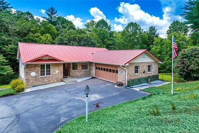 290 Silver Fox Lane, Pisgah Forest, NC 28768 (#3475007) :: LePage Johnson Realty Group, LLC
