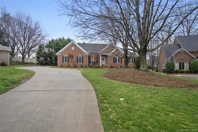 16305 Barcica Lane, Cornelius, NC 28031 (#3475060) :: The Ramsey Group