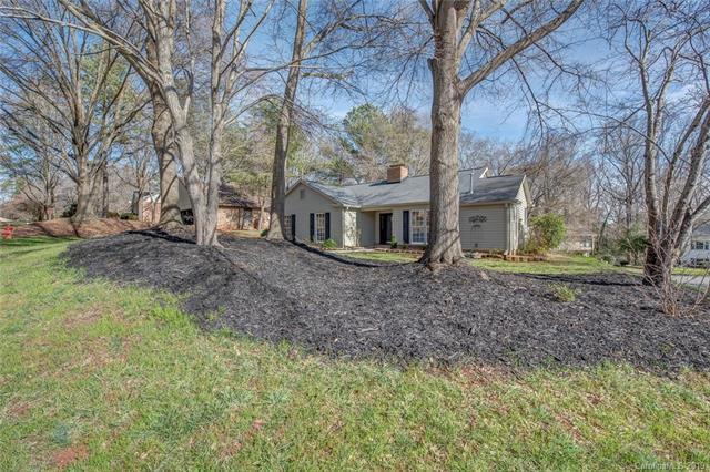 405 Ridgeway Drive, Belmont, NC 28012 (#3475065) :: Exit Mountain Realty