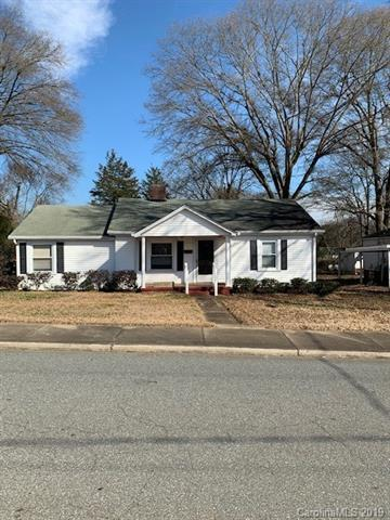 389 Scott Street, Mount Holly, NC 28120 (#3475125) :: Roby Realty