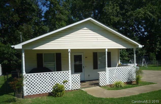 412 W Ballard Street, Cherryville, NC 28021 (#3475657) :: SearchCharlotte.com