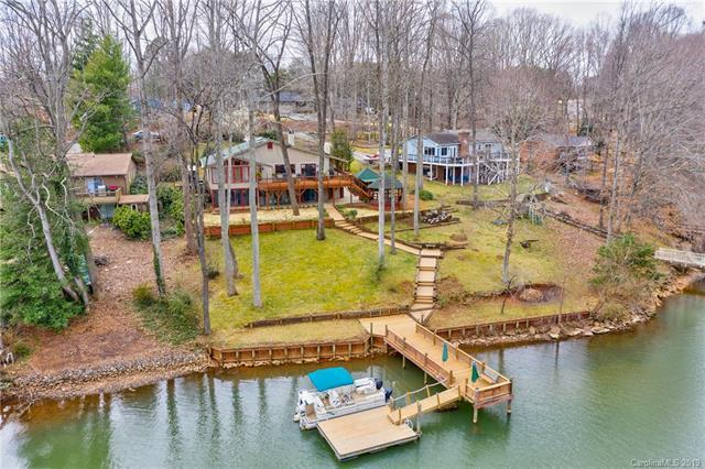 8016 Lakeview Drive, Denver, NC 28037 (#3475696) :: LePage Johnson Realty Group, LLC