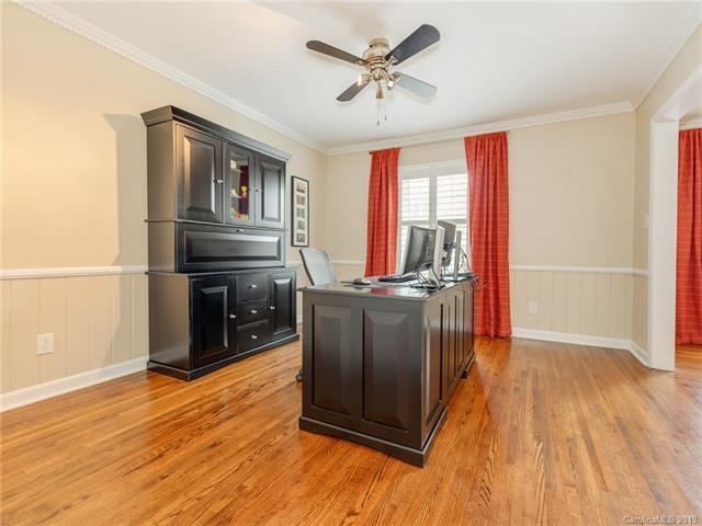 6400 Burlwood Road, Charlotte, NC 28211 (#3475764) :: The Temple Team